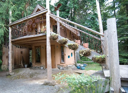 Little Cob House - Christina's - 250 square feet