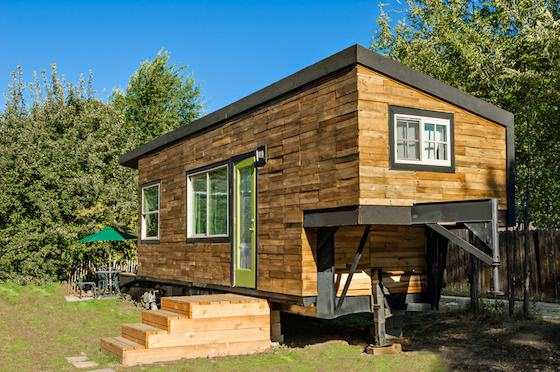 Minimotives tiny house on wheels Modern tiny homes on wheels