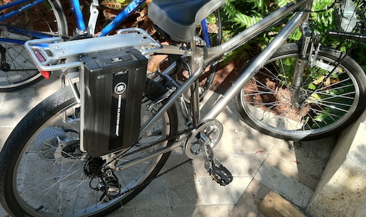 Electric Bicycle with Battery Pack