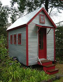 Very Tiny XS House by Tumbleweed